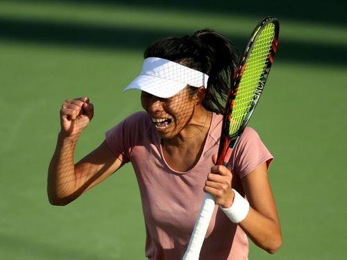 やったと喜ぶ台湾の謝淑薇=WTAのTwitter公式アカウトより