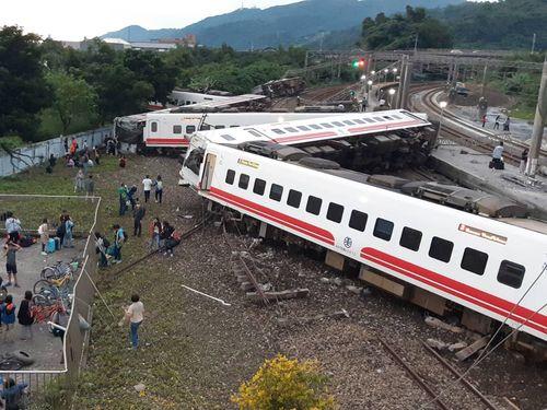 プユマ号脱線  台湾鉄道、日本の製造元らの責任追及へ