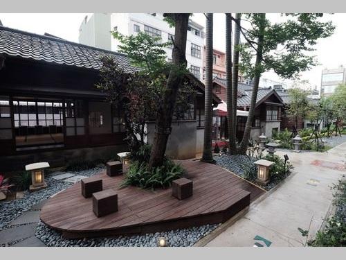 日本統治時代建設の教員宿舎を活用した文化施設「鍾肇政文学生活園区」