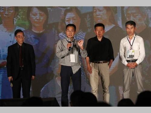 元中国軍士官の李暁明氏(右端)ら30年前の天安門事件に立ち会った人たち