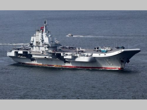 中国空母「遼寧」=資料写真