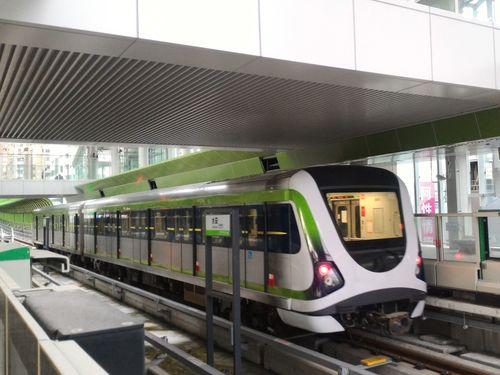 台中メトロ・グリーンラインの車両=台中市政府提供