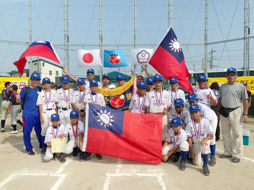少年軟式野球の世界大会で優勝した台湾代表チーム=学生野球連盟提供