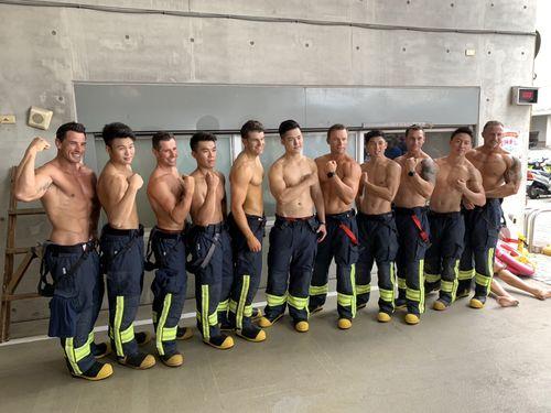 カレンダーの撮影に参加した新北市とオーストラリアの消防士