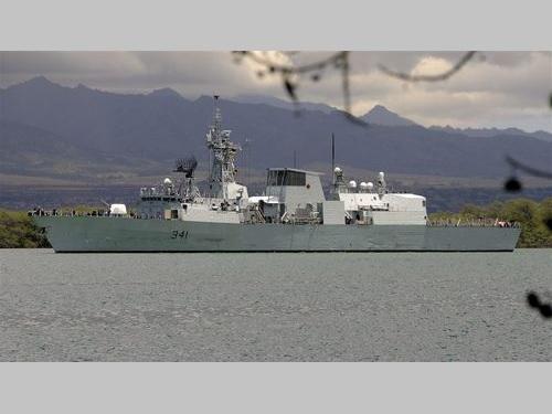 カナダ海軍のフリゲート艦「オタワ」=ウィキメディアコモンズから