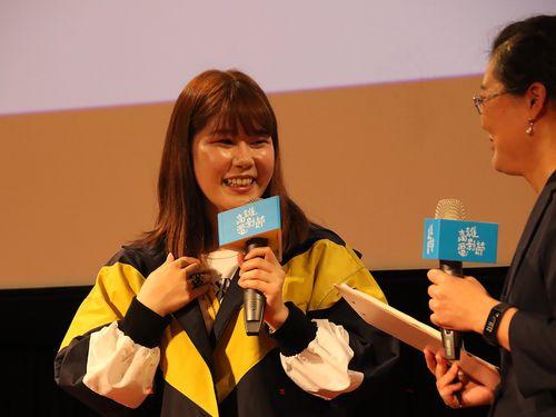 座談会に出席した山戸結希監督(左)=高雄映画祭提供