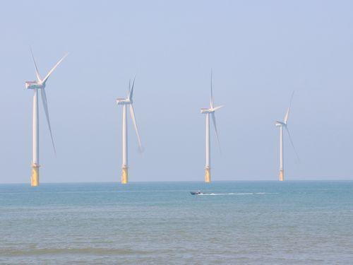 苗栗県沖に設置された風力原動機