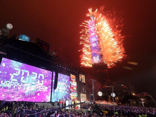 台北101の新年花火ショー