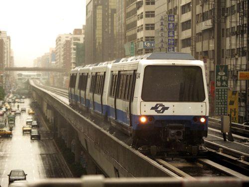 台北メトロの電車=資料写真