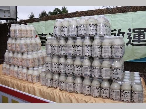 日本市場進出を果たした台湾豆乳=農糧署提供