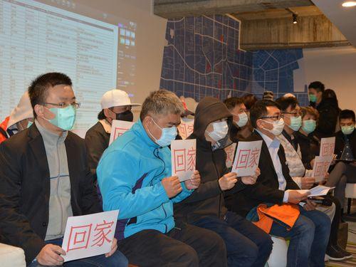 湖北省武漢市に滞在する台湾の人たち