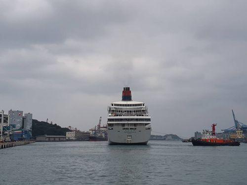 基隆港への寄港が認められる国際クルーズ船「スーパースター・アクエリアス」