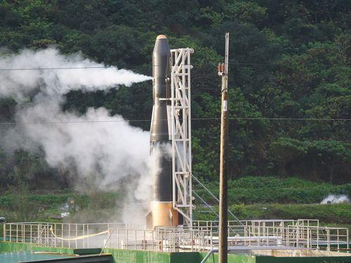 台湾の国産ハイブリッドロケット「HAPITH-I」(飛鼠一号)