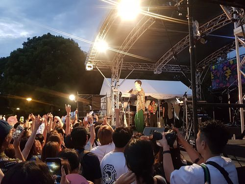 台湾の歌手も登場する「Taiwan Plus」=昨年9月28日、東京・上野公園