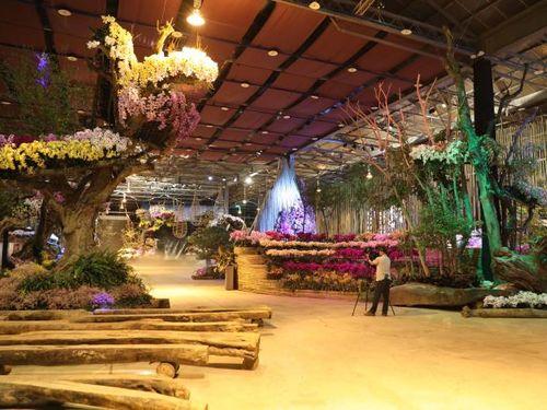 すでに準備が整っている蘭展の会場内=台南市政府提供