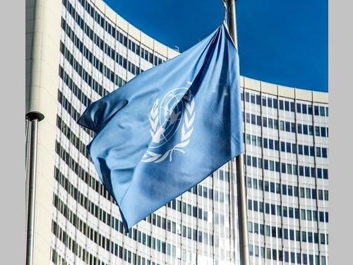 国連の旗=ピクサベイから