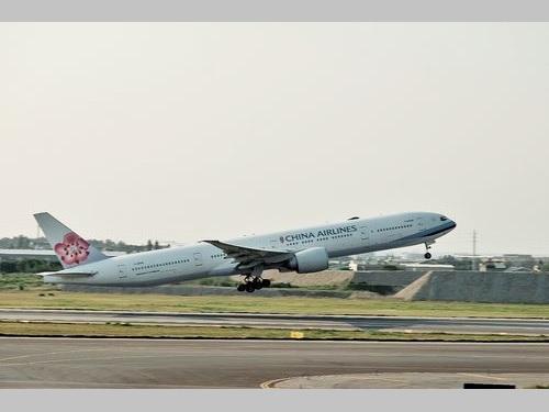 チャイナエアラインの旅客機