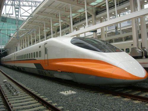 台湾新幹線、段階的に増便 6月末には9割以上回復