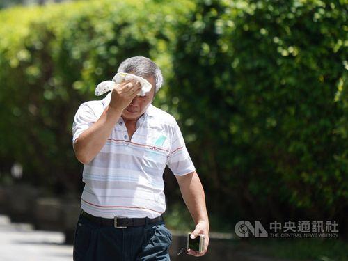 台北で気温38.4度を観測=同地で今年最高