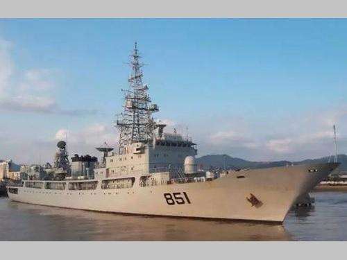 中国軍の情報収集艦=中国国防部のウェブサイトから