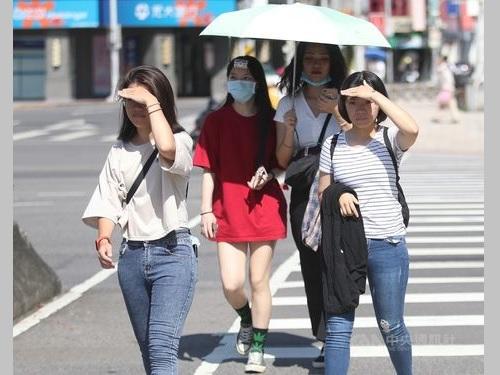 台風11号、台湾への影響はなし 16、17日は各地で厳しい残暑=資料写真