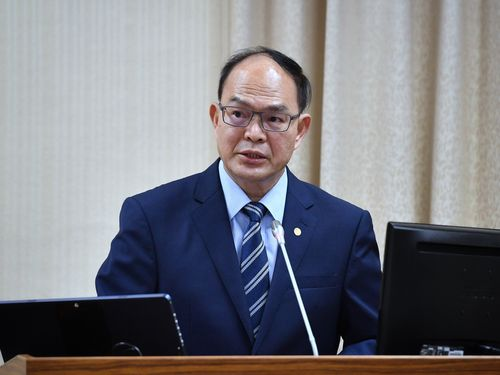 外交部の曽厚仁政務次長