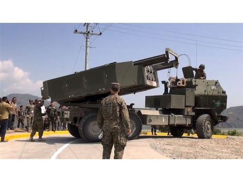 高機動ロケット砲システム(HIMARS)
