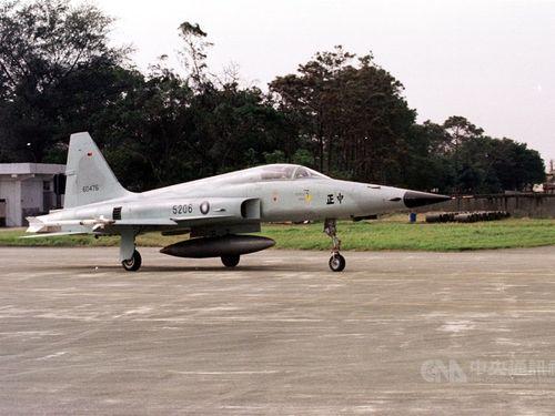空軍のF-5E戦闘機=資料写真