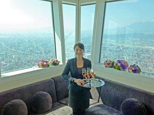 台北101の101階の室内展望台=資料写真