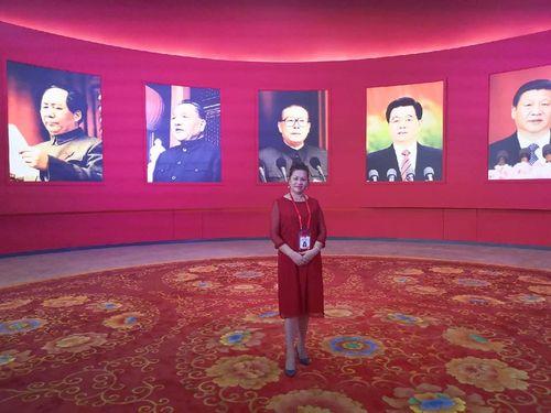 社団法人「中華婦女連合会」の何建華理事長=本人のフェイスブックから