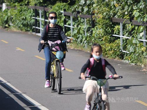 台湾、各地で晴れ 最高気温25度以上に=資料写真