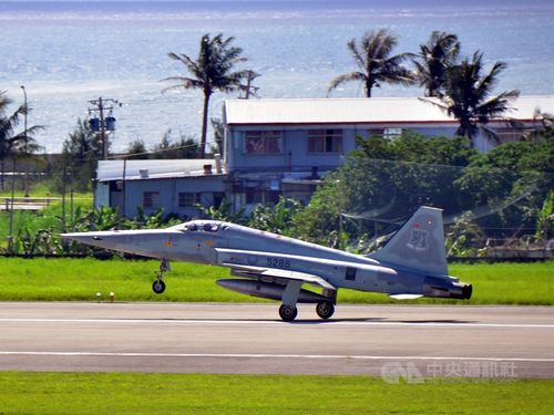 F-5E戦闘機
