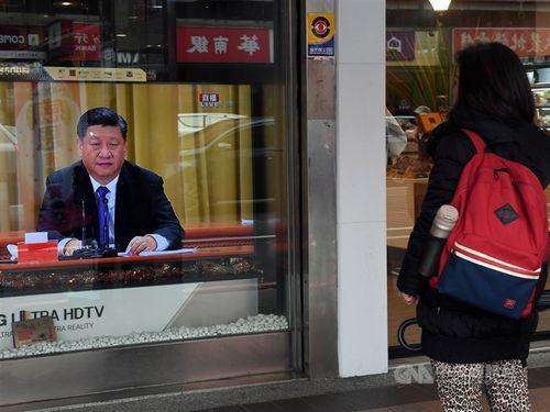 テレビに映る中国の習近平氏