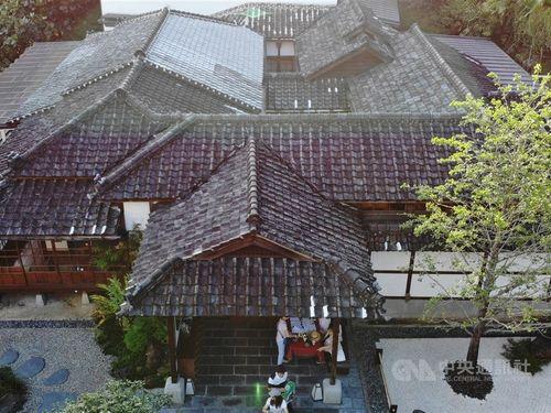 日本統治時代の木造建築を再活用した「北投文物館」の外観
