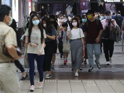 台湾、マスクなし外出に過料 最大約6万円 警戒レベル3の2都市で実施