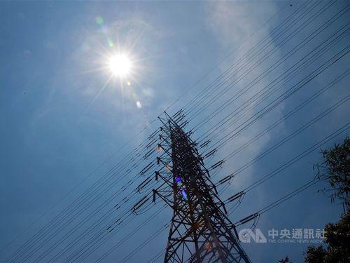 台湾、各地気温31度以上 西部は35度に 13県市で高温に要注意=資料写真