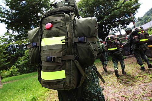 台湾の兵士ら