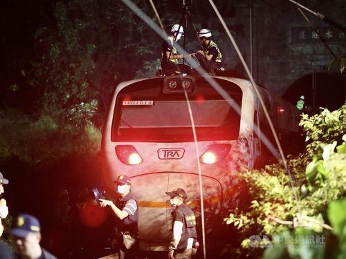 脱線事故を起こした台鉄の特急タロコ号=資料写真