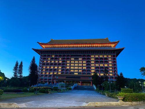 台北101や円山ホテル、日本に感謝のライトアップ ワクチン到着で=写真は円山ホテル提供