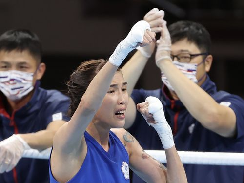 台湾ボクシング界初 黄筱雯が五輪準決勝へ 女子フライ級