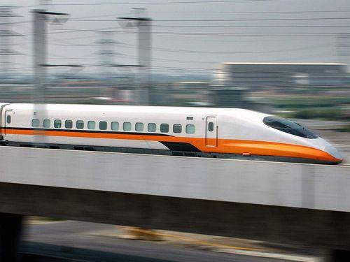 台湾新幹線、土砂崩れの区間であすから複線運転再開=資料写真