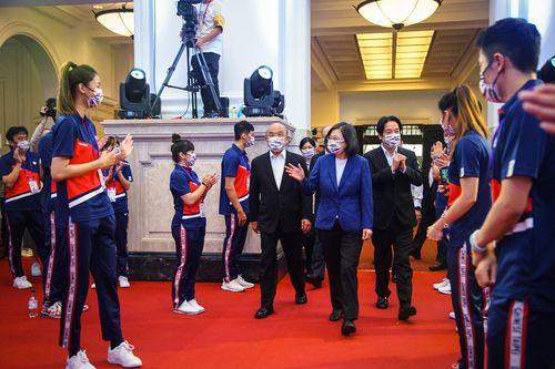 五輪代表団の凱旋セレモニー、総統府で 選手や指導者ら146人