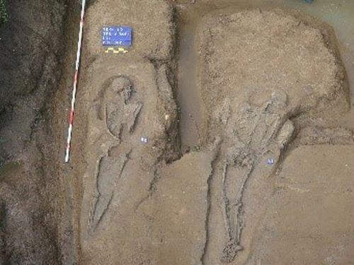 嘉義市の工事現場で発見された人骨=鉄道局提供