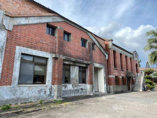 台北市の歴史建築に登録された製紙工場「士林紙廠」の建物=同市文化局提供