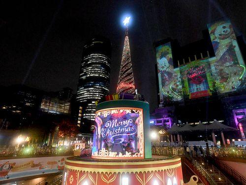 新北市の3Dマッピング第2弾 ディズニーのキラ次々に登場