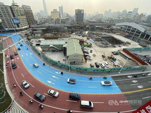 高雄駅東側の高架道路、撤去完了 風景すっきり