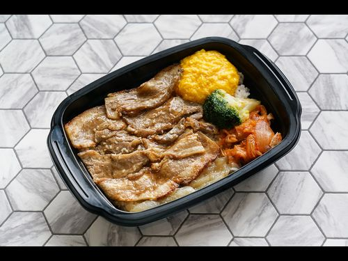 台湾セブン-イレブン、スターラックス航空とコラボの焼肉弁当を発売