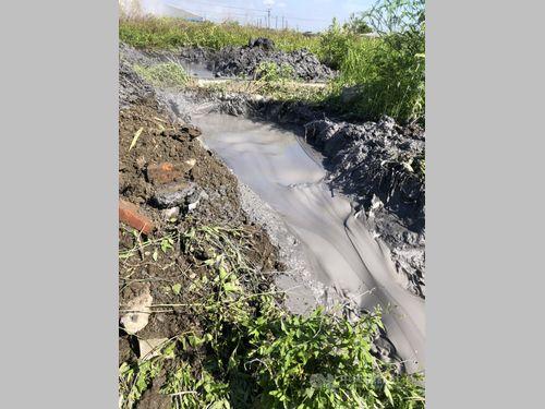台湾南部で泥火山噴出 見物客の3密懸念した村長「集まらないで」