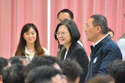 President, DPP condemn Hong Kong police violence at university campus