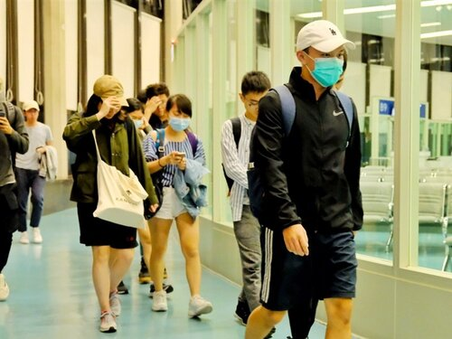 189 more Taiwanese students return from HK: MAC